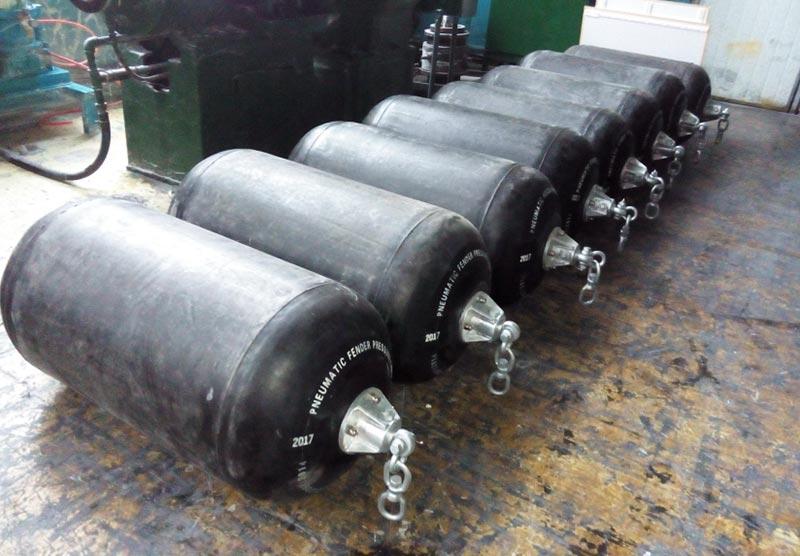 Sling Type Pneumatic Fenders